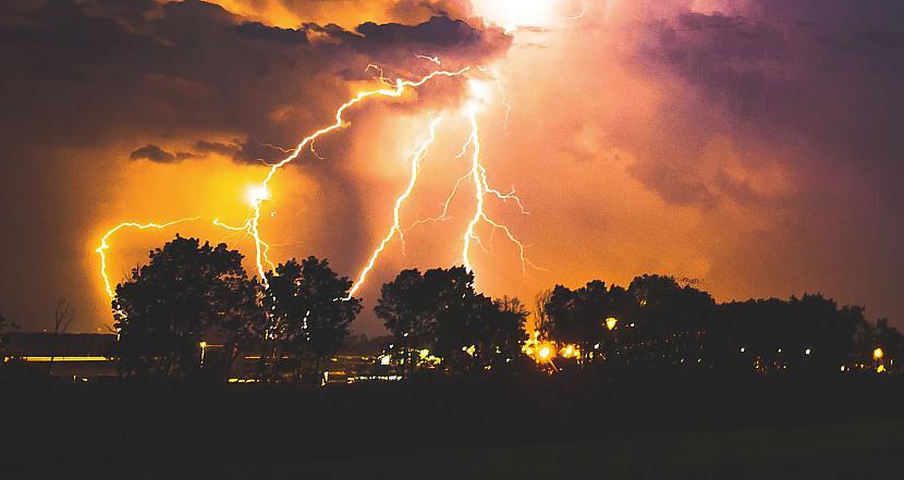 nbspDabas katastrofa vai... Autors: kapeika 10 fakti par pašiem izplatītākajiem nakts murgiem