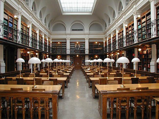 Karla un Franca Pilsētas... Autors: wilkatis 15 skaistākās pasaules bibliotēkas
