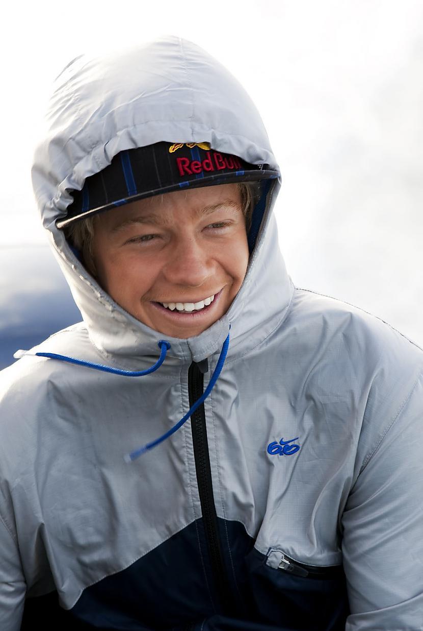 Iedvesmas Kelly Slater Julian... Autors: whosays Best Male Surfers 2012