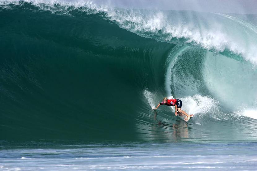 Iedvesmas Taylor Knox Mark... Autors: whosays Best Male Surfers 2012