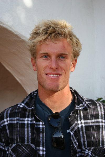 Iedvesmas Tim Dowell Benner... Autors: whosays Best Male Surfers 2012