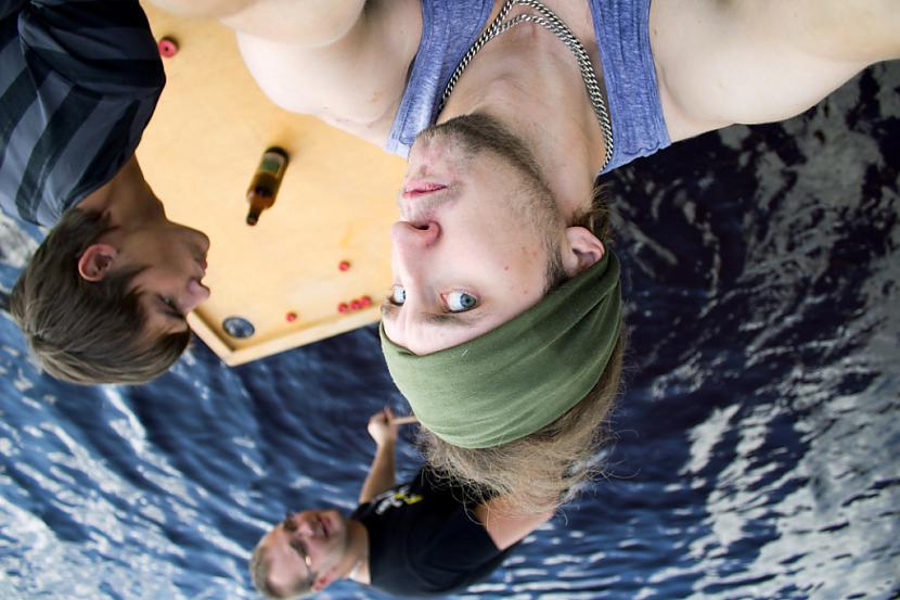 Autors: Quorthon Jauns olimpiskais sporta veids - ūdensnovuss (pacelts)
