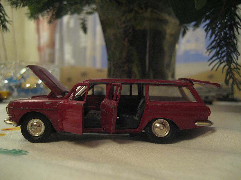 Volga 24 Autors: Mimis Mana automodeļu kolekcija.