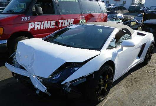 Scaronis ir Lamborghini... Autors: Latišs Avārējušie dārgauto...