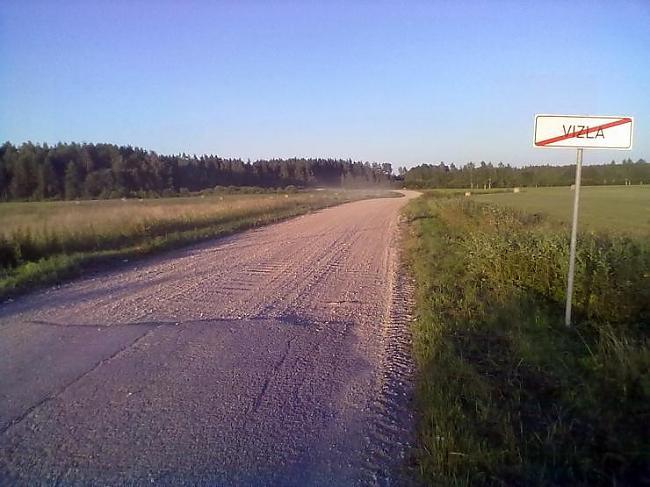 jo asfaltu ir pelnījuscaroni... Autors: crazyfly Latvija nekad nebeidz pārsteigt