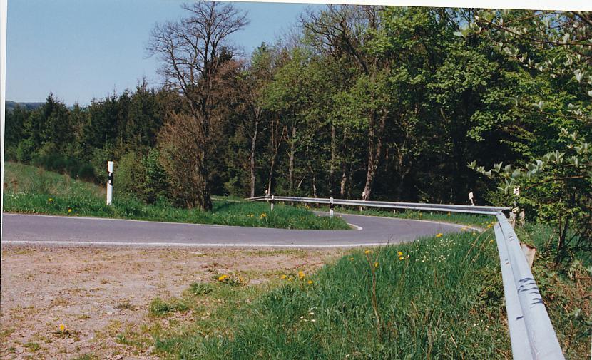 Maksimalais atļautais ātrums... Autors: estrella Eiropas ceļi. 6. daļa.