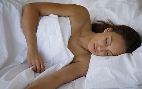 10 Kam nevajadzētu atrasties... Autors: ssunsshine 10 jautājumi par miegu..