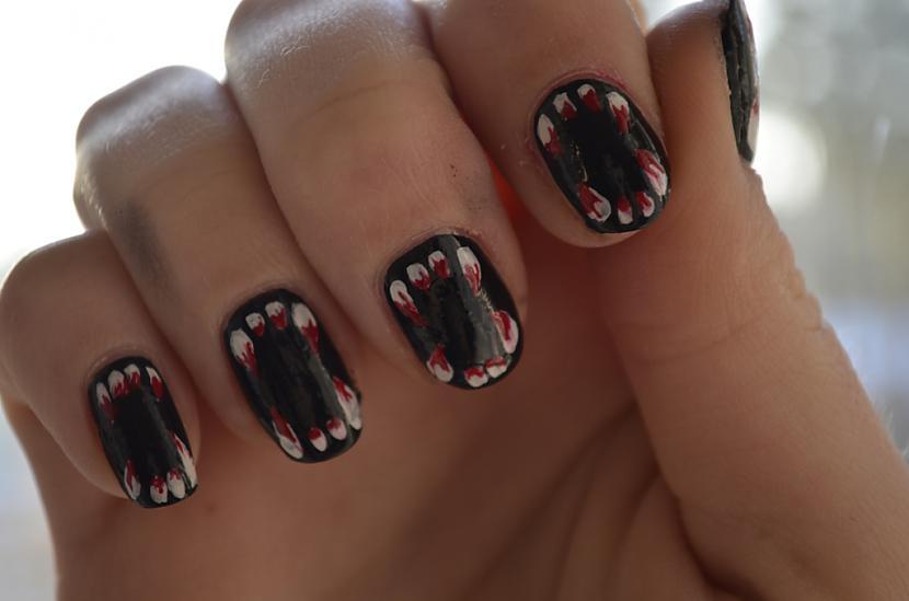 Autors: Gruzze DIY Halloween Nails