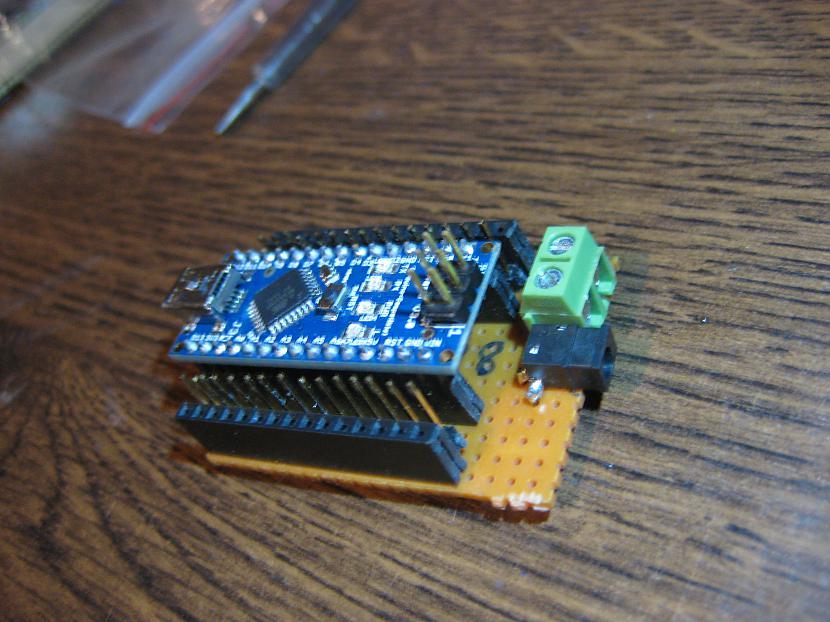 Autors: Kasiroxxxx arduino NANO shields