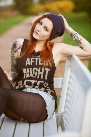 Autors: VectorX Tattooed Women XII