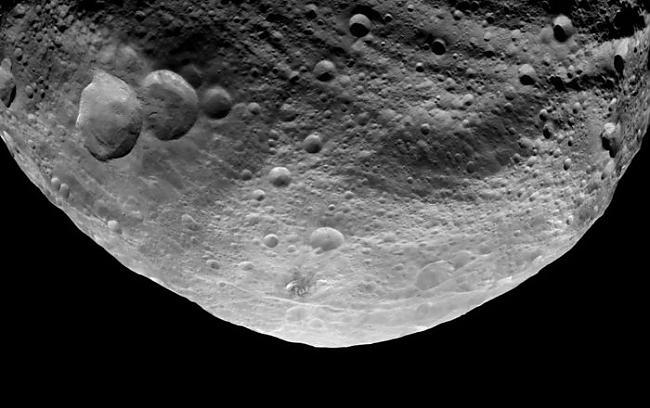 Taču tiek atzīmēts ka Apofisa... Autors: R1DZ1N1EKS Zemei garām lidos asteroīds.