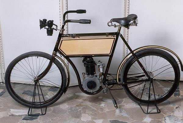 Motocikls quotRussiaquot ... Autors: Mahitoo Latvijas velosipēdu un automobiļu rūpnīca