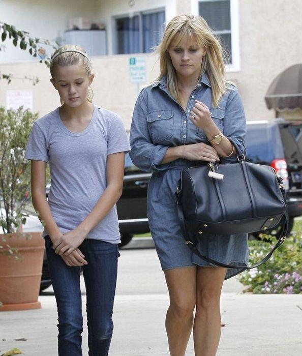 Reese Witherspoon unnbsp Ava... Autors: Deadshot Slavenību bērni kuri līdzīgi savām mammām