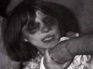 Annalīsa nomira 1976 gada 1... Autors: kapliz Dēmoniskās Annalīsas nāve