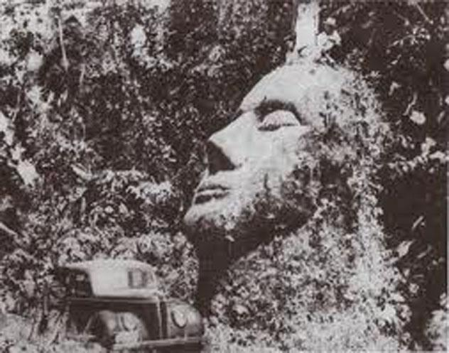 1930 gadā pētnieki Gvatemālas... Autors: Karalis Jānis Mistiski citplanētiešu artefakti.
