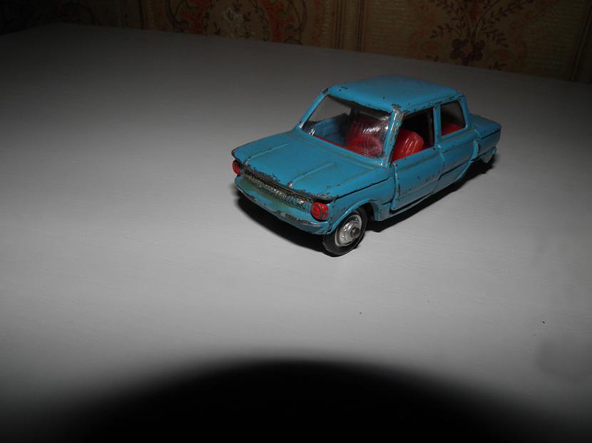 zaz 968 1973gada Autors: karlens12 psrs laiku auto modelīši .