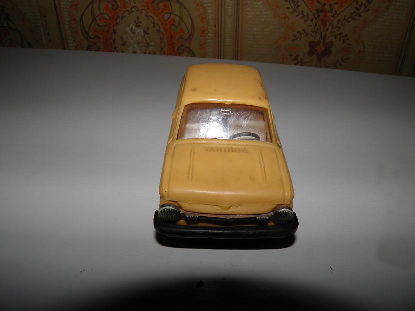 zaz968m Autors: karlens12 psrs laiku auto modelīši .