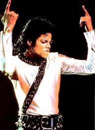 MJ un Moonwalker ir visiem... Autors: Pasaules iedzīvotājs Sazvērestības spokos!