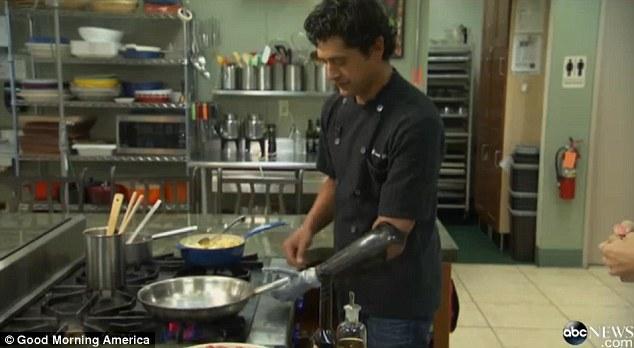 Protams Eduardo atzīst ka... Autors: MJ Pavārs ar bionisko roku!!