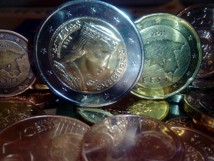 Latviescaronu un Igauņu eiro... Autors: ghost07 Daži fakti par Eirozonu (Eiro)