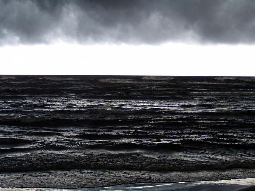 Autors: lucifers Pavasaris, jūriņa
