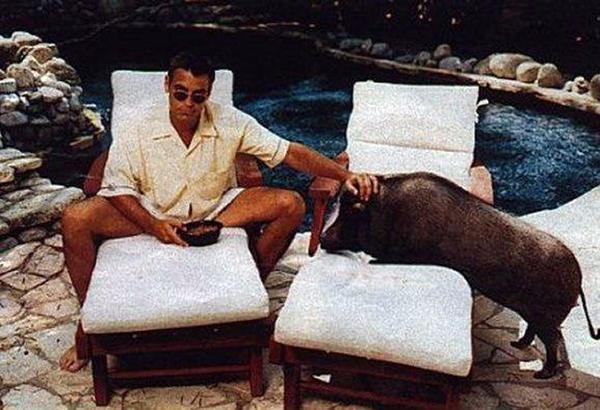 George Clooney ar savu pot... Autors: GanjaGod Slavenības ar saviem eksotiskajiem dzīvniekiem