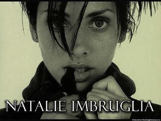 Natalie Imbruglia  Torn 1997... Autors: ModkalMusic Vai zināji, ka šīs 7 dziesmas ir kaverversijas?