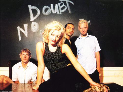 Arī populāro No Doubt dziesmu... Autors: ModkalMusic Vai zināji, ka šīs 7 dziesmas ir kaverversijas?