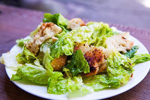 McDonaldā Cēzara salāti ir... Autors: Mr Mask Fakti kurus ir vērts uzzināt !