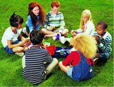 DraugiBērni var labi... Autors: TheArchi 5 lietas, ko pieaugušajiem jāmācās no bērniem