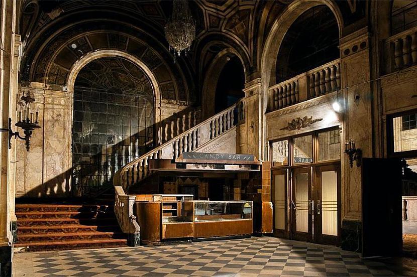 Kinoteātris Detroita ASV Autors: SinagogenBombardiren Pasaules interesantākās pamestās vietas