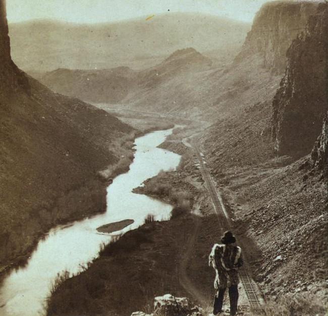 Amerikas indiānis vēro svaigi... Autors: kaķūns Pagātnes deva