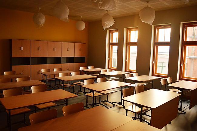 AgrākCienījām skolas... Autors: Robiics Kas notiek ar pasauli?