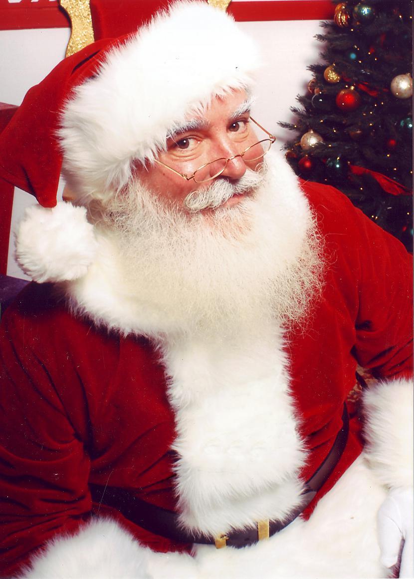 Ziemassvētku vecītim būtībā ir... Autors: Fosilija Kā svin ziemassvētkus citur pasaulē?