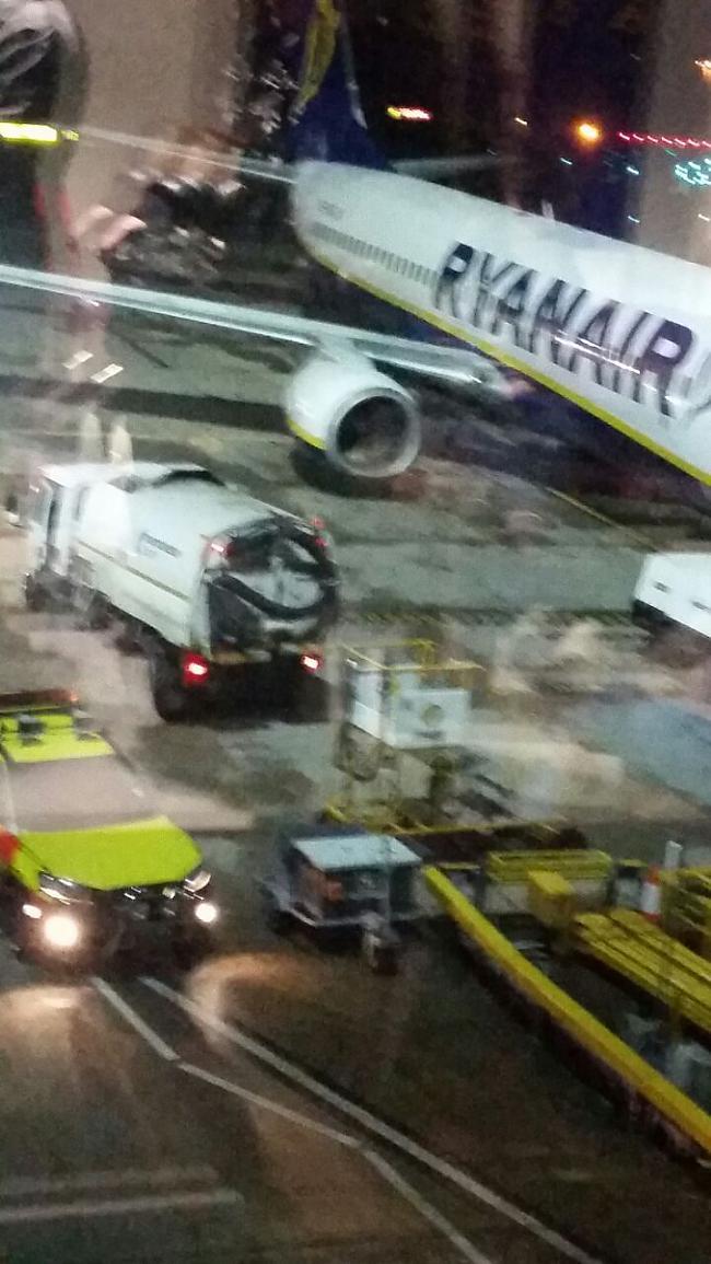 Autors: B320@speles Ryanair notikums Mančesterā