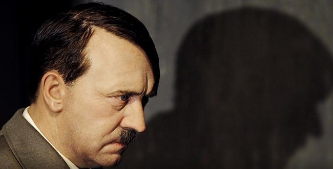 Citi teorētiķi gan apstrīd... Autors: Fingerline Nedzirdēti, neticami mīti par Ā.Hitleru