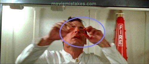 Kad scaronim vīrietim Roza... Autors: Fosilija Lielākās kļūdas uzņemot filmu ''Titāniks''
