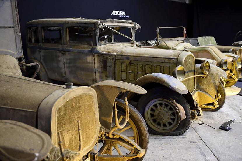 Delaunay Belleville Type VL 8 ... Autors: the english Par miljoniem tiks izsolīti pamestā Francijas šķūnī atrastie retro auto.