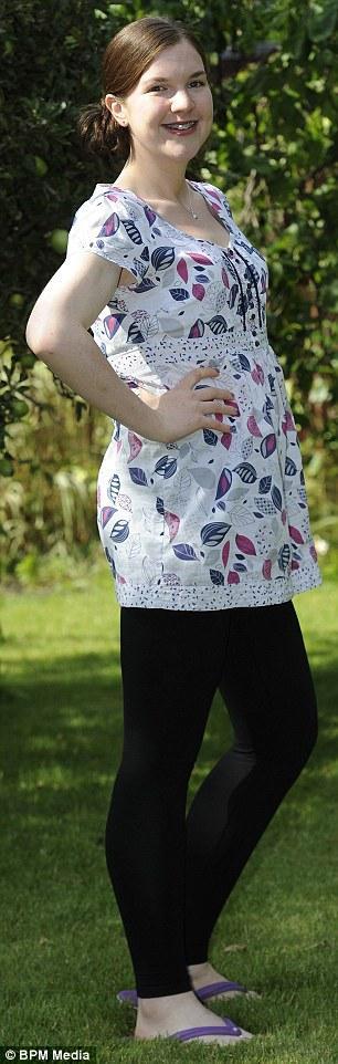 Hollija saka Pateicoties savam... Autors: Fosilija Meitene deviņu mēnešu laikā kļūst trīs reizes mazāka