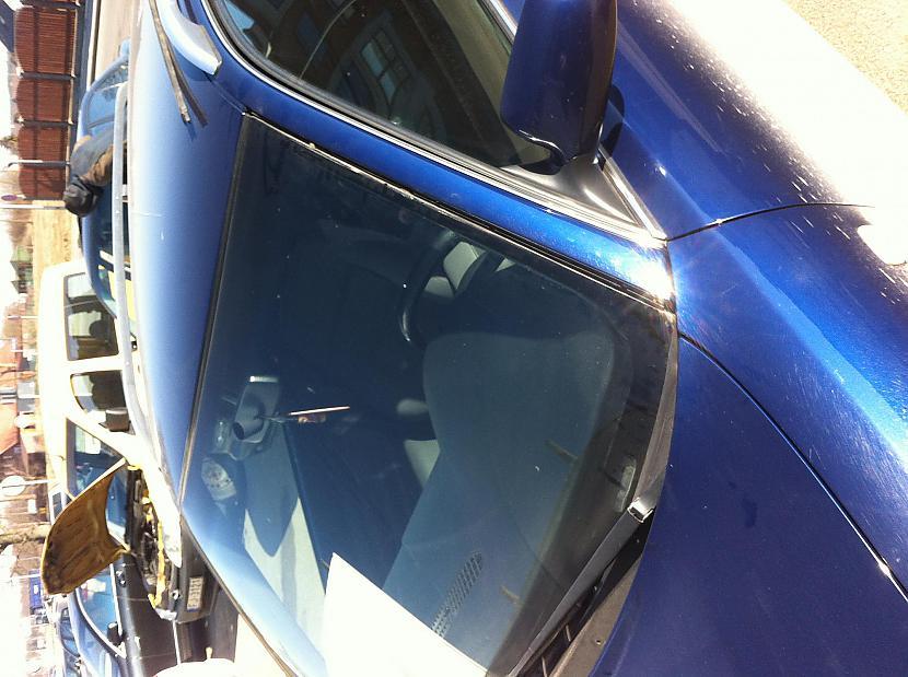 Autors: endreiks Audi bez stikla