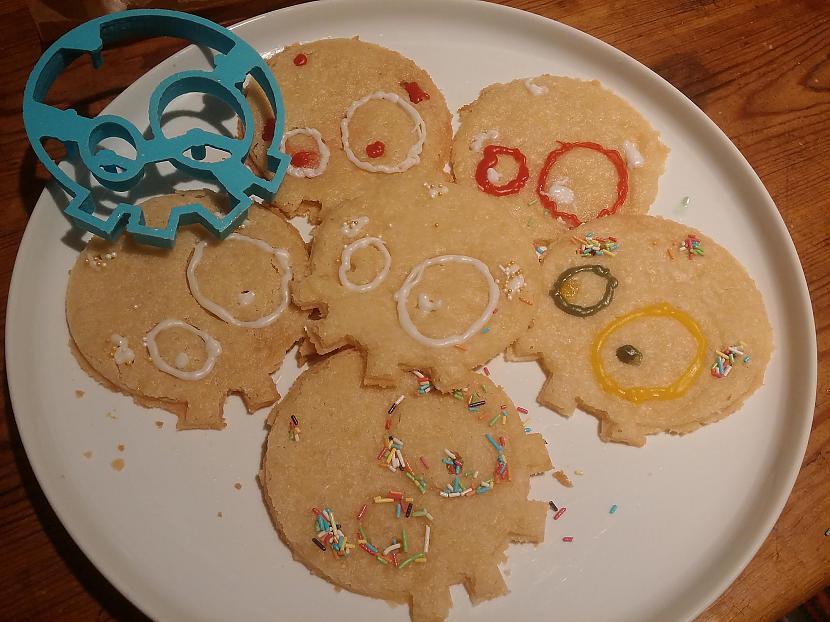 Mazliet paspēlējāmies ar... Autors: Fosilija Spoki iznāca no manas virtuves krāsns!