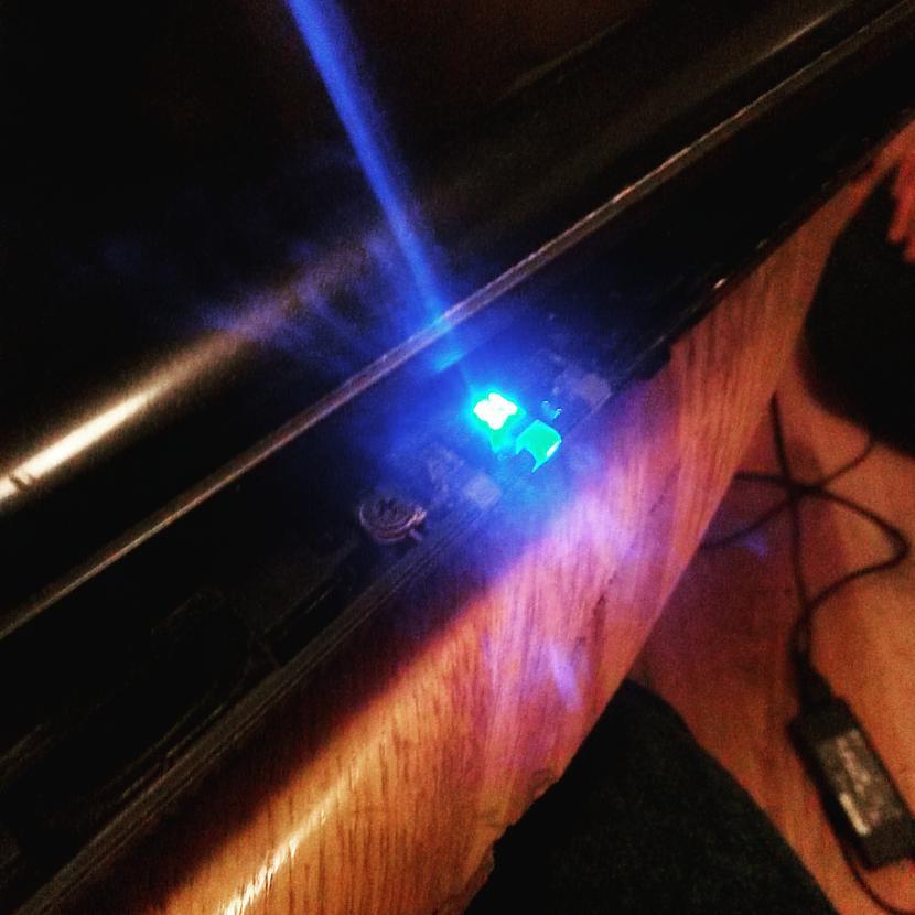 Pirms likscaronana kopā... Autors: Fosilija RM laptopa lodēšana, klaviatūras mainīšana un tīrīšana