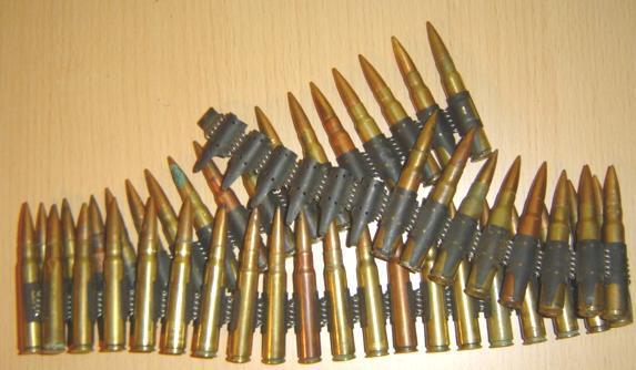 MG42 izmantroja patronlentes... Autors: riko112 Ieroči: MG 42