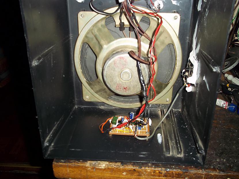 TDA2822M pastiprinātāj plate Autors: jons TDA2822M un PAM8403 tumbiņa