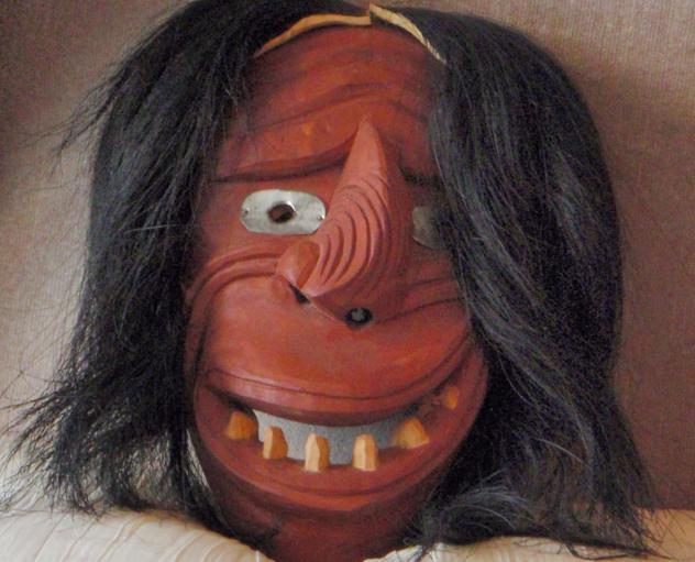 Indiāņu viltus sejas... Autors: sancisj Creepy maskas no pagātnes