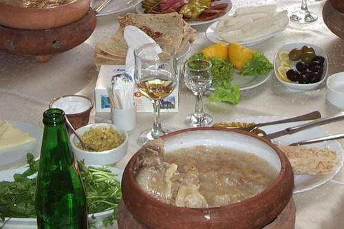 Khash zupaTā ir zupa kas agrāk... Autors: Alevender Dīvainākie ēdieni dažādās pasaules malās!