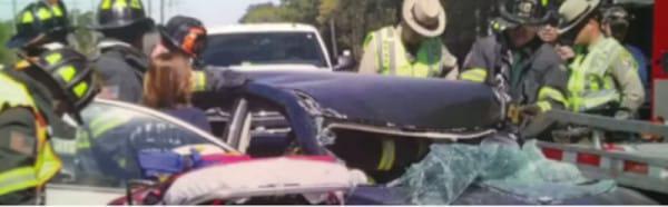 Negadījums ir ne tikai... Autors: zeminem 17 gadus vecā meitene lasīja SMS, vadot auto. Viņas dzīve nekad nebūs kā tagad!