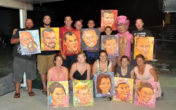 Pasaulē ir miljoniem... Autors: kaķūns Čalis ar savu locekli glezno apbrīnojamus portretus !
