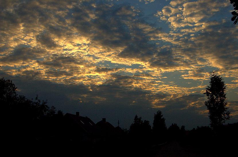 Debesis laikam ir mana vājība... Autors: Everbergerdīne Manas fotogrāfijas 3