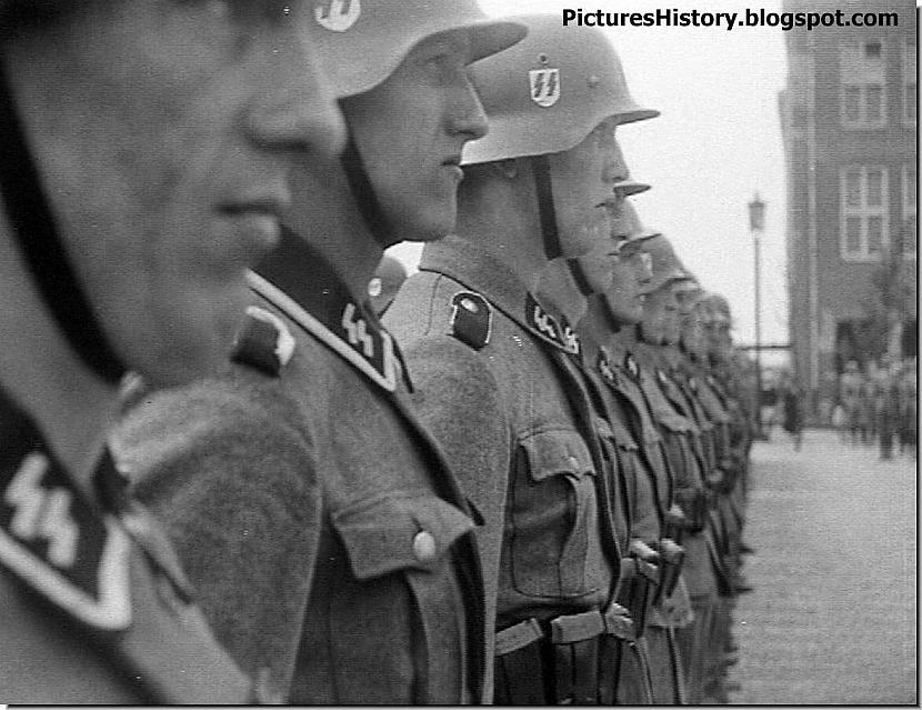 Vīri no Nīderlandes no... Autors: DamnRiga Retas vēsturiskas fotogrāfijas. Pirmā daļa.